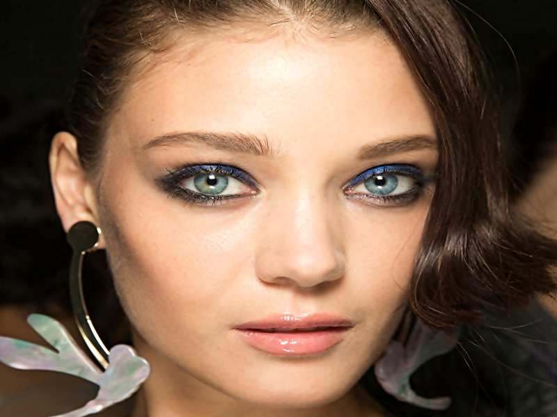 Make Up Bibir Di Fashion Week Dunia.2