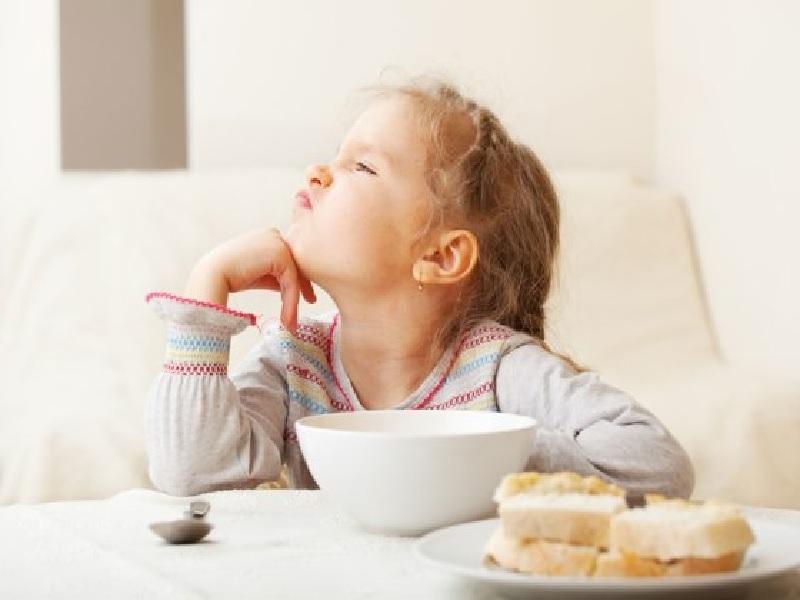Mengatasi Eating Disorder Pada Anak