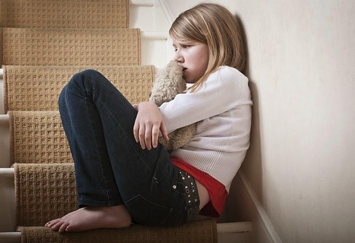 Pentingnya Orang Tua Mengetahui Tanda Anak Sedang Mengalai Depresi