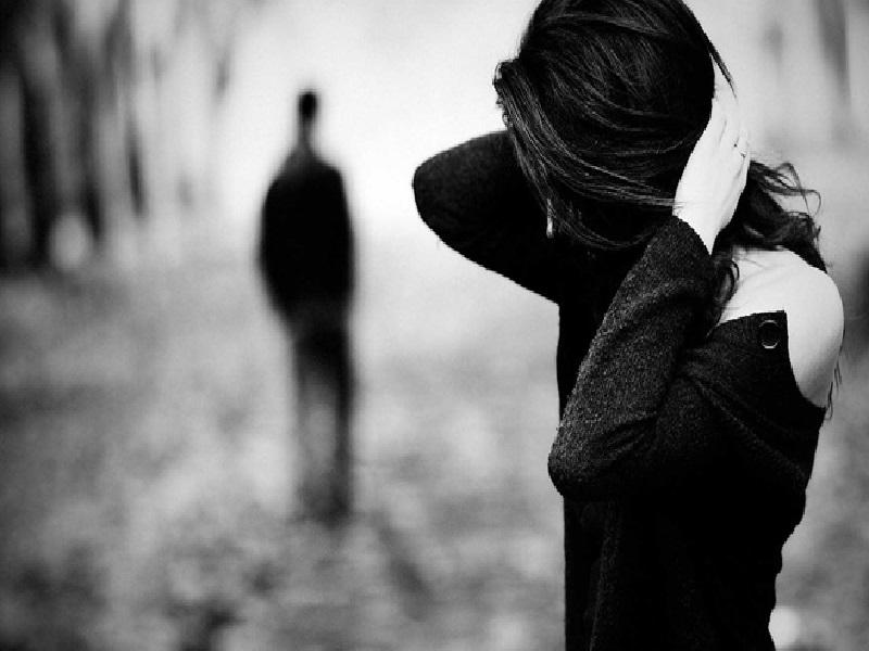 Tanpa Disadari Perilaku Wanita Ini Dapat Membuat Pria Cemburu