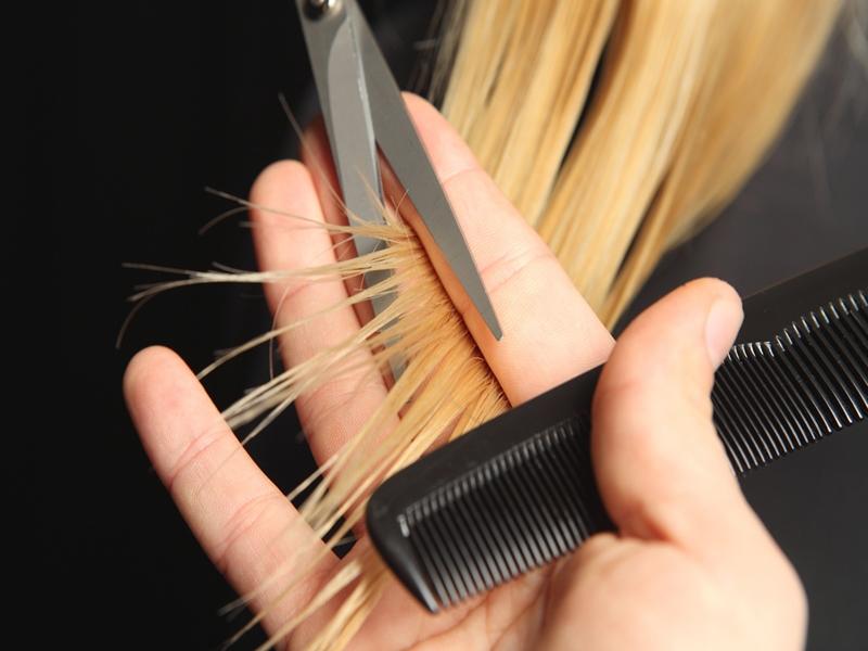 Tips Lakukan Trimming Rambut
