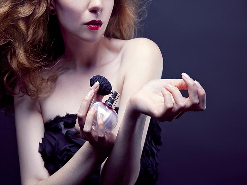 Titik Tubuh Yang Disemprotkan Parfum.2