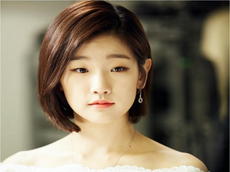 Wanita Berparas Cantik Di Korea 2017.2
