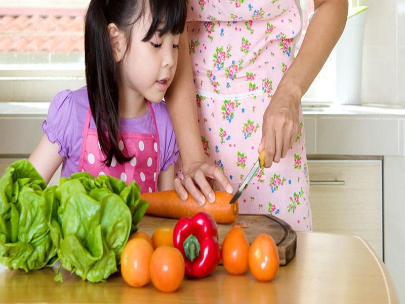ajak anak belajar memasak