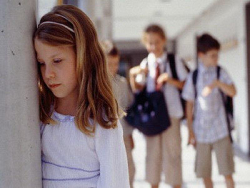 mengatasi perasaan cemas pada anak