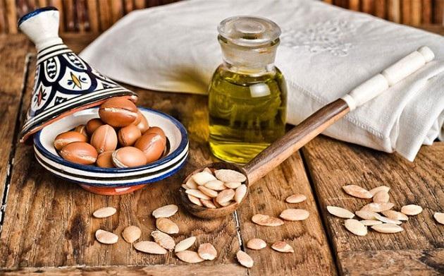tips cantik alami dengan minyak almond