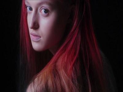 tetap cantik dengan tampilan rambut berwarna cerah