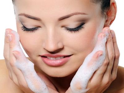 Amankah Sabun Mandi Untuk Wajah3