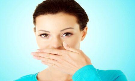 Cara Atasi Bau Mulut Saat Puasa