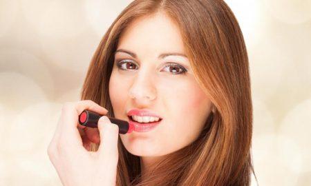 Pilihan Lipstik Di Bulan Puasa
