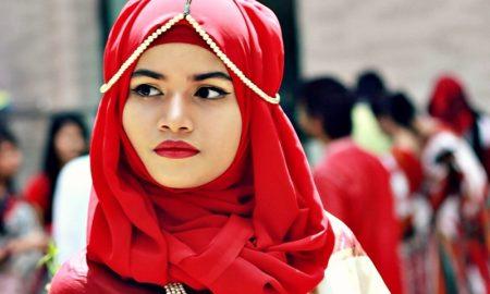 Tips Bibir Merah Saat Silaturahmi