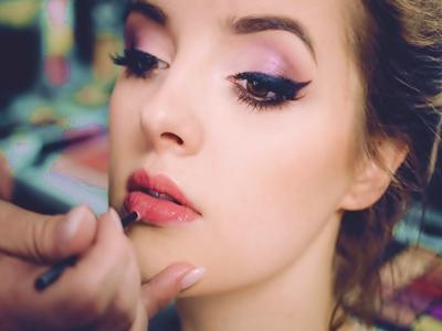 Tips Lebaran Dengan Lipstik Glossy6