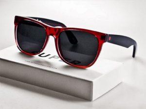Tips Untuk Menghilangkan Goresan Pada Kacamata Hitam 2