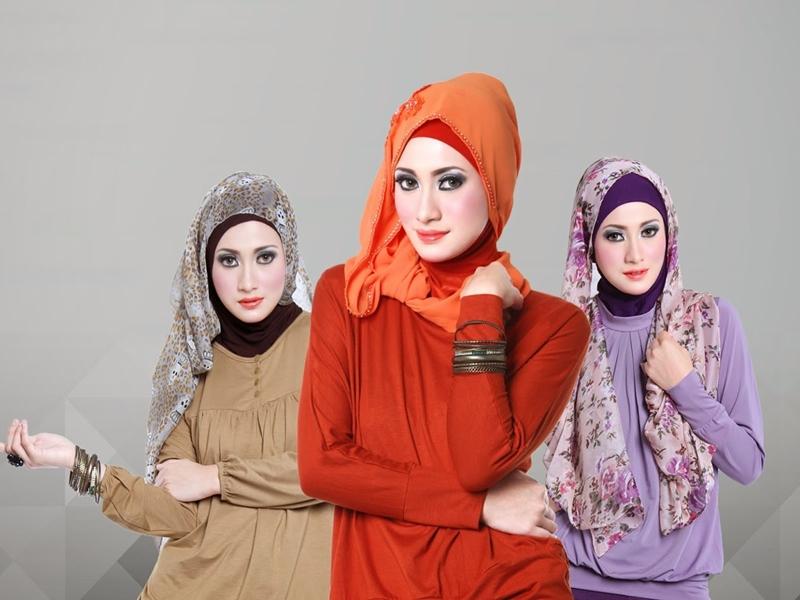 Trik Rambut Hijab Terawat Saat Puasa