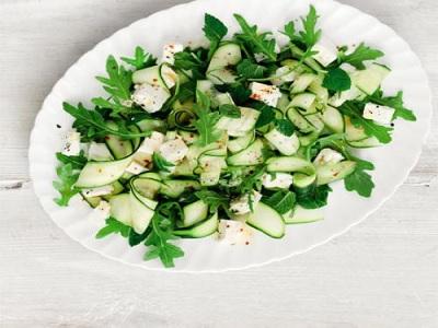 cara chef restoran memasak dengan bahan herbal