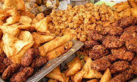 makanan yang harus dihindari selama puasa