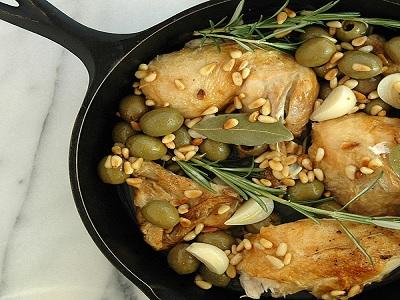 memadukan sayuran dan herbal untuk menu sehat