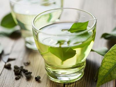 minum teh hijau dua jam setelah berbuka