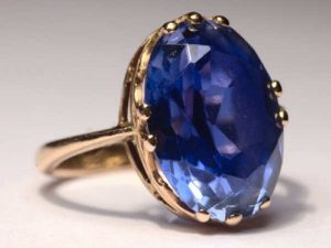 perhiasan layak pakai saat lebaran nanti