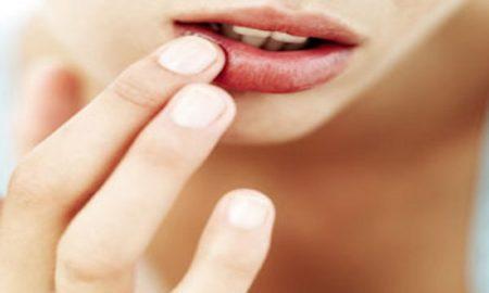 rahasia membuat bibir tetap cantik saat puasa