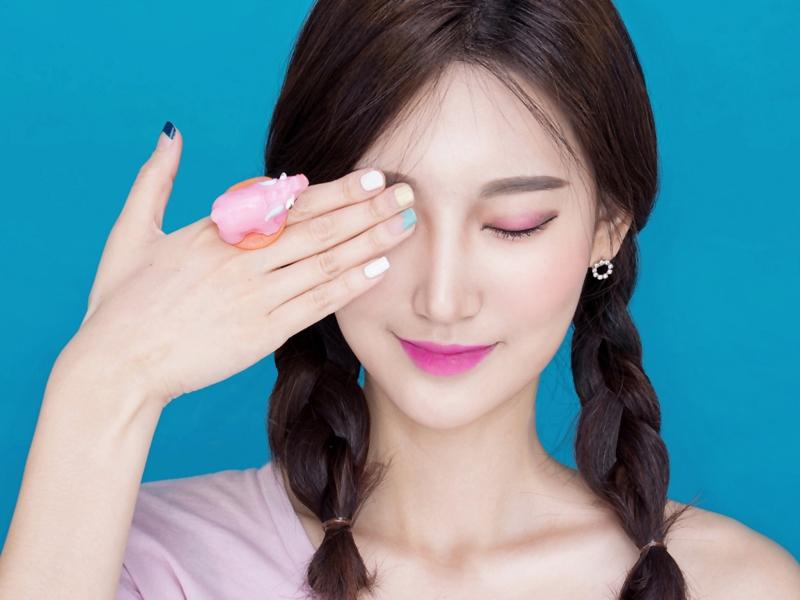 Make Up Praktis Hanya 5 Menit Saja