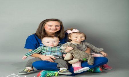 Menjadi wanita karir dan ibu rumah tangga