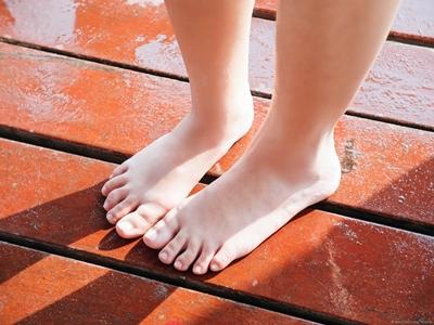 Merawat Kaki Usai Pakai High Heels3