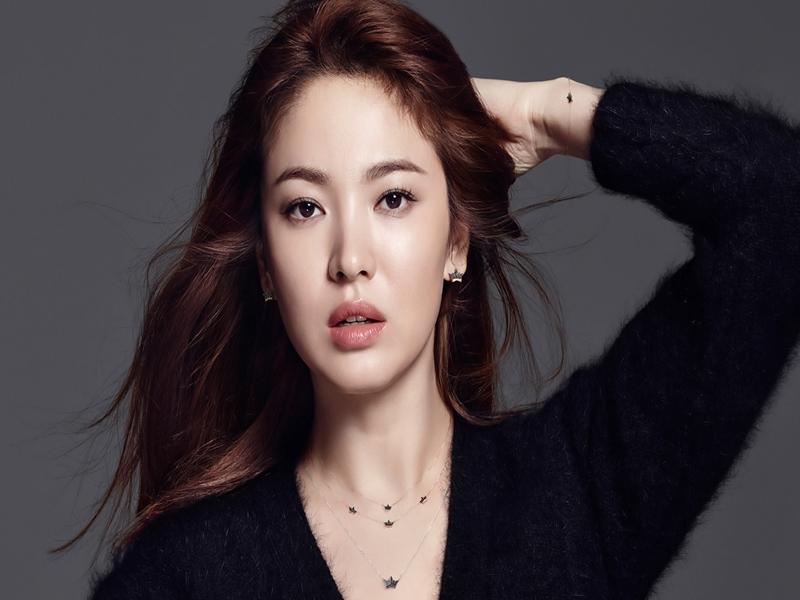 Tips Bibir Cantik Ala Song Hye Kyo