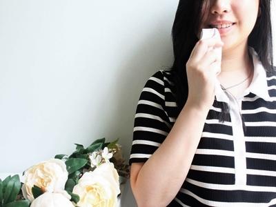 Tips Membuat Riasan Bibir Metalik3