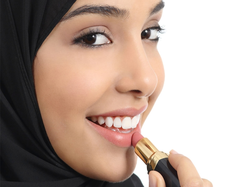Eits, Jangan Lewatkan Lipstik Saat Idul Adha!