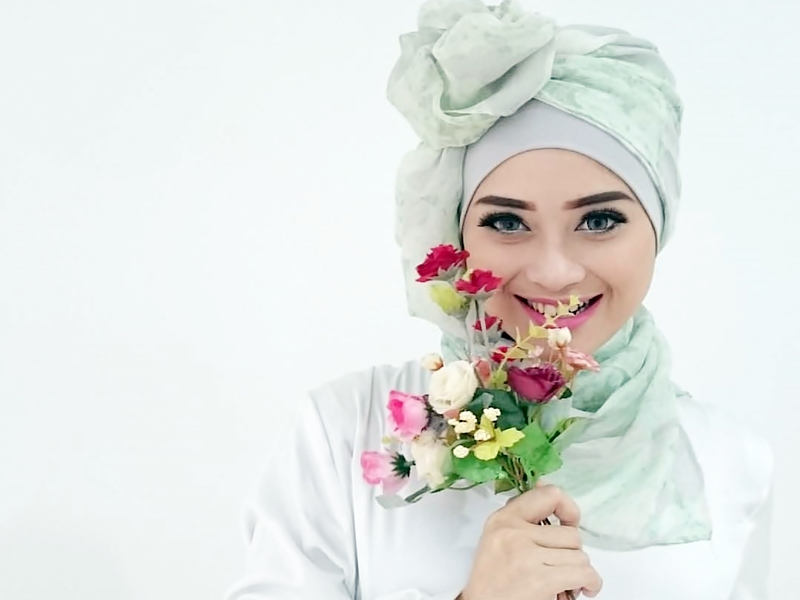 Inilah Penyebab Rambut Hijabmu Jadi Rusak