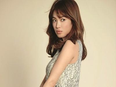 Jelang Pernikahan, Song Hye Kyo Ubah Rambut2