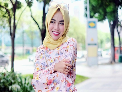 Medina Zein, Milioner Muda Berbibir Cantik4