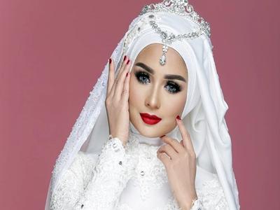 Warna Lipstik Untuk Kaum Hijaber4