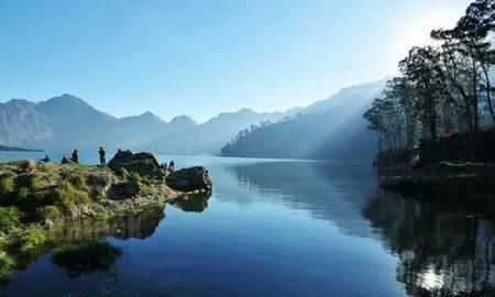 Destinasi Wisata Pulau-pulau Mempesona Asli Indonesia