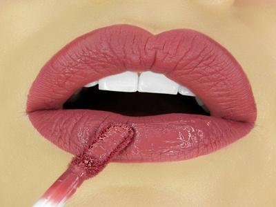 Bikin Bibirmu Seksi, Wajib Miliki Lipstik Ini!4