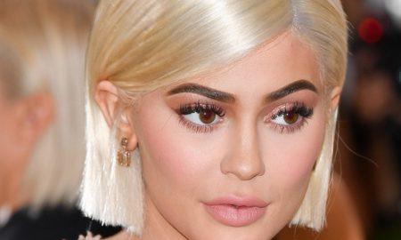 Ingin Bibir Tebal Kylie Jenner, Ini Peraturannya!