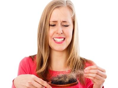 Wanita Cerdas Tak Pakai Produk Rambut Sembarangan!3