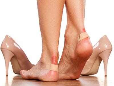 tips aman kenakan sepatu high heels