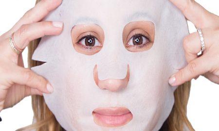 Suka Pakai Sheet Mask, Cek Cara Menggunakannya!