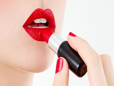 Warna lipstik Meghan Markle3